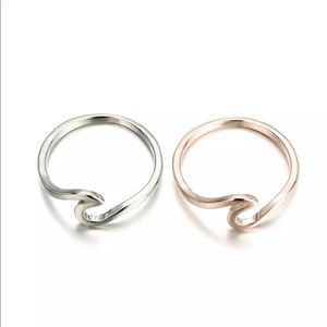 Jewelry - 💎 Beautiful Rose Gold and Silver Wave Rings NEW